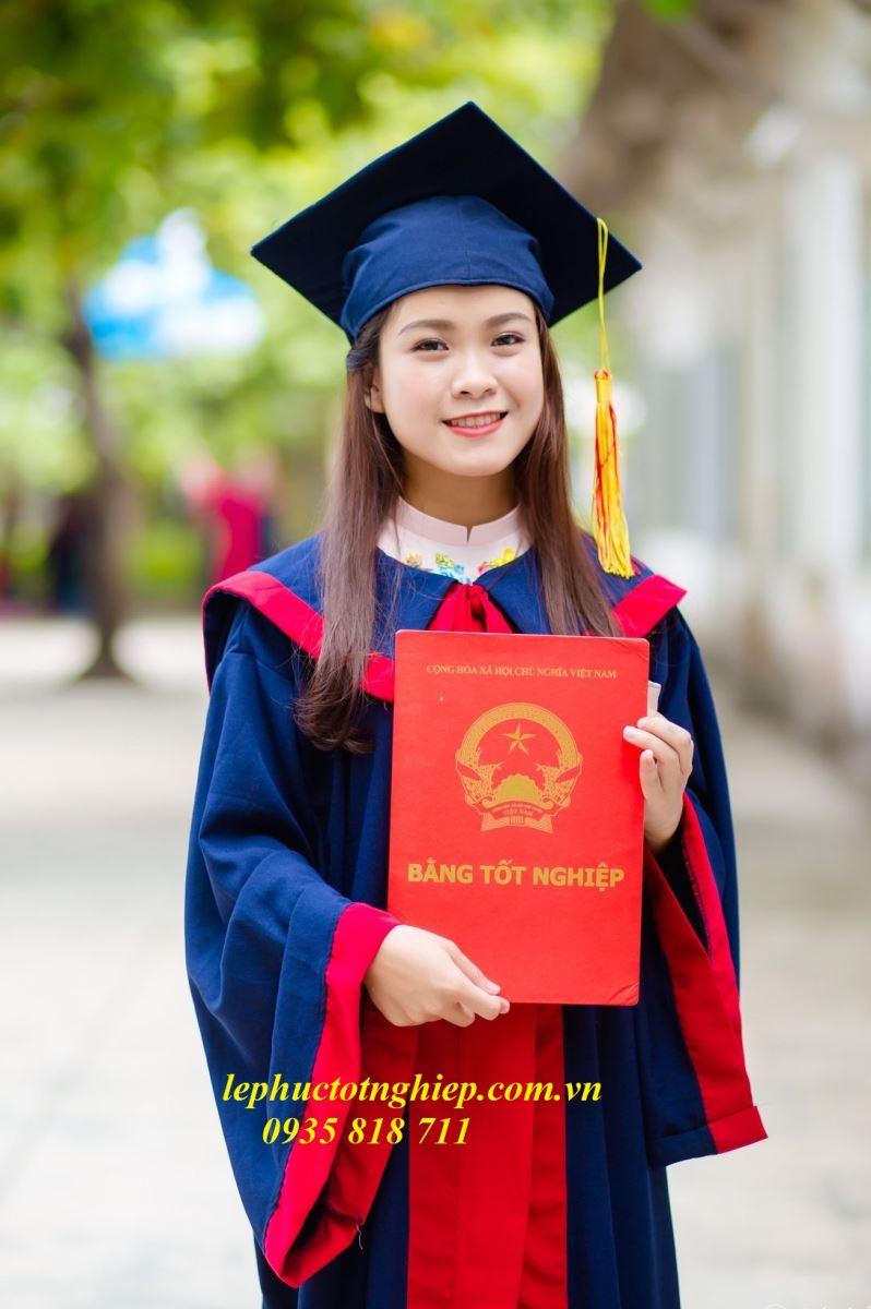 ÁO TỐT NGHIỆP TÂY NGUYÊN Lâm Đồng