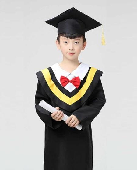 Lễ phục tốt nghiệp tiểu học cấp 1