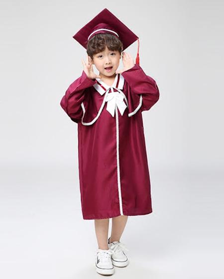 Thuê lễ phục tốt nghiệp cấp 1